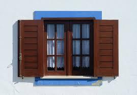 Klasszikus műanyag ablakok